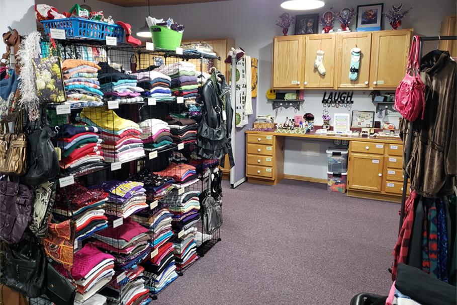 St. Cloud StandDown Lady Veterans Boutique Clothing